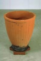 https://carolinanitsch.com/files/gimgs/th-104_104_sct-0029-vase.jpg